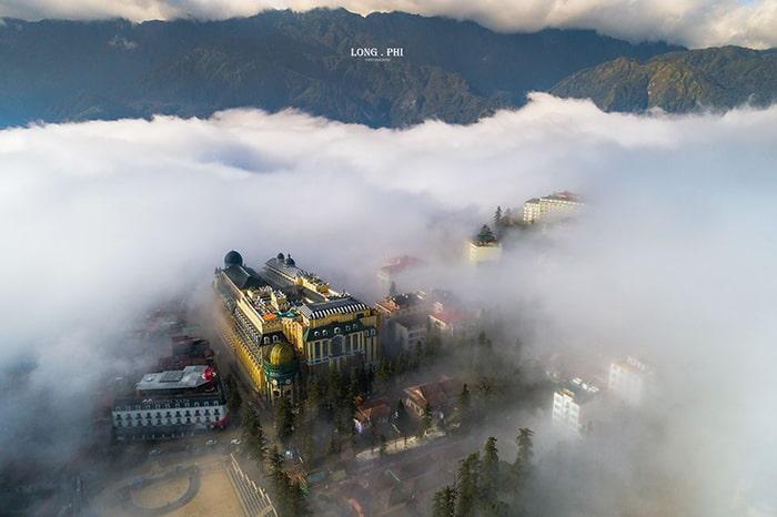 Sapa ngập tràn trong sương mù
