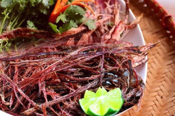 Thịt trâu gác bếp - đặc sản nổi tiếng ở Điện Biên