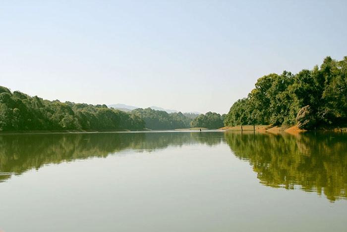 Hồ Pá Khoang là địa điểm du lịch sinh thái hấp dẫn ở Điện Biên
