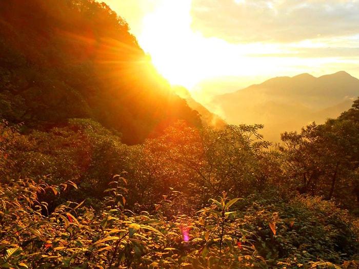 Hoàng hôn trên đường trekking Nam Kang Ho Tao