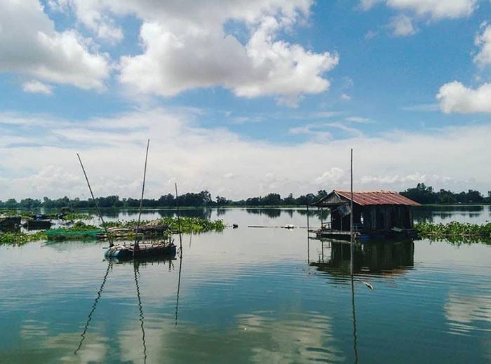 Búng Bình Thiên hay còn gọi là hồ nước Trời