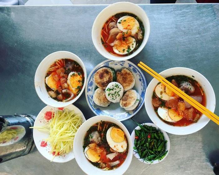 Các món ăn đặc sản ở Bàu Trắng