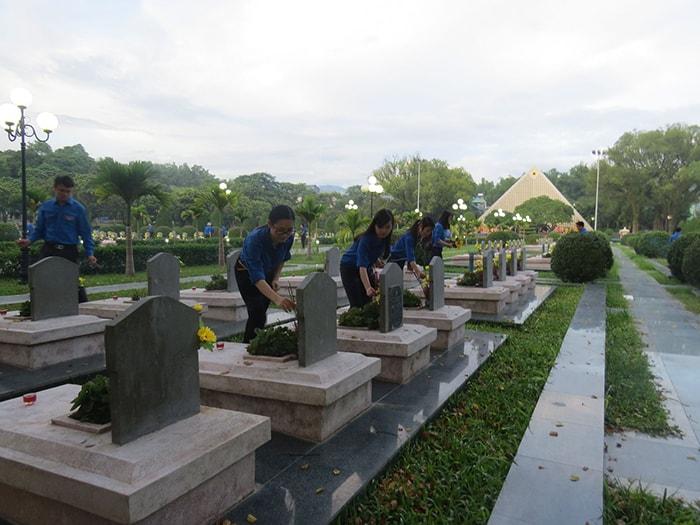 Nghĩa trang liệt sĩ Điện Biên trên đồi A1