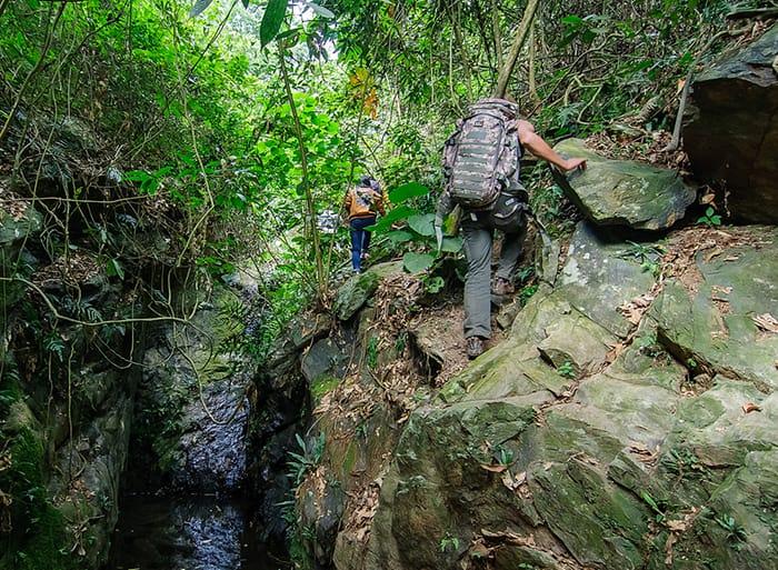 Trekking núi Hàm Lợn vào cuối tuần
