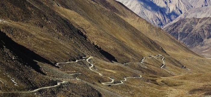 Khardung La, India là con đèo cao nhất thế giới