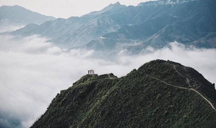 Biển mây trên đỉnh Tà Xùa