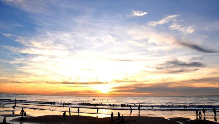 Hoàng hôn trên bãi biển Đồi Dương