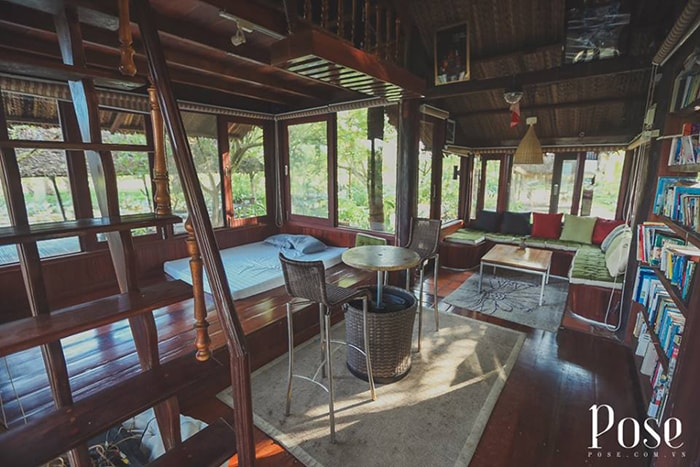 Phòng đọc sách bên trong Homestay Coco LaGi