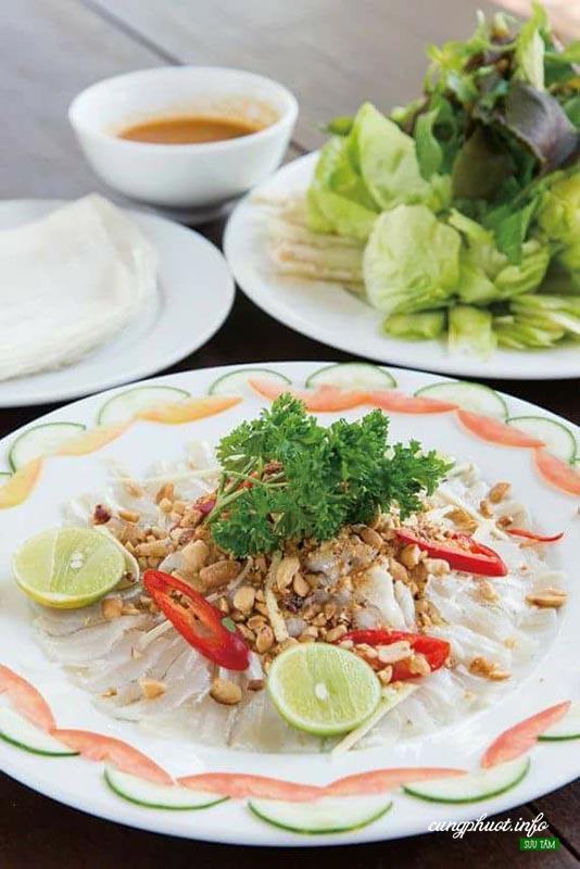 Gỏi cá mai nổi tiếng ở LaGi, Bình Thuận