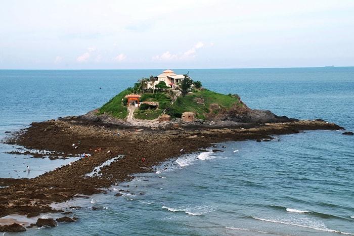 Đảo Hòn Bà LaGi