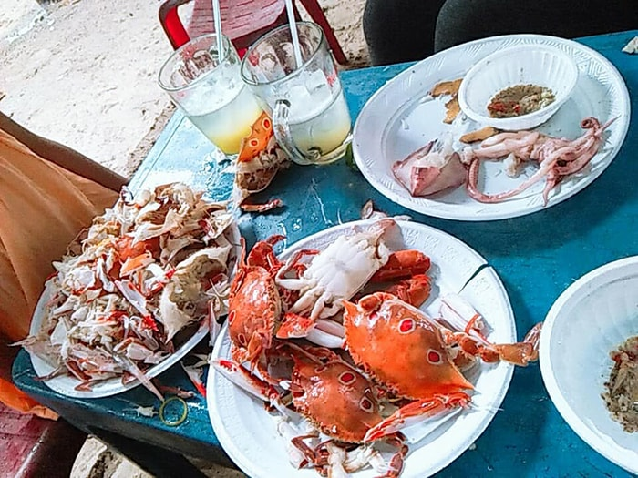 Các món ăn đặc sản ở biển Dinh Thầy Thím