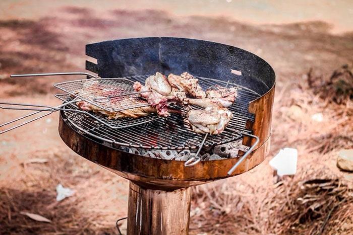 Nướng thịt ngoài trời ở khu du lịch Thiên Phú Lâm
