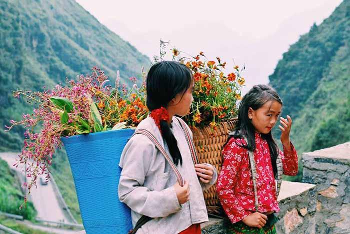 Review Hà Giang - Những đứa trẻ trên đường