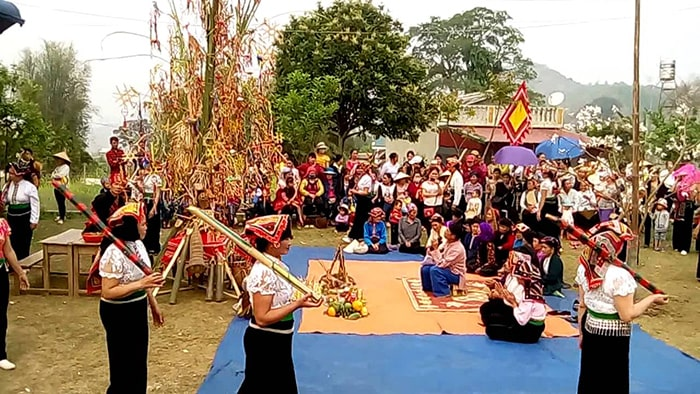 Lễ hội cầu mưa ở Mộc Châu