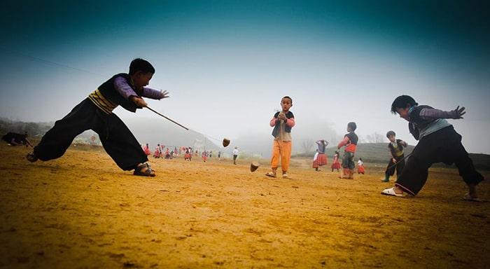 1 trong những trò chơi ngày Tết của người Mông