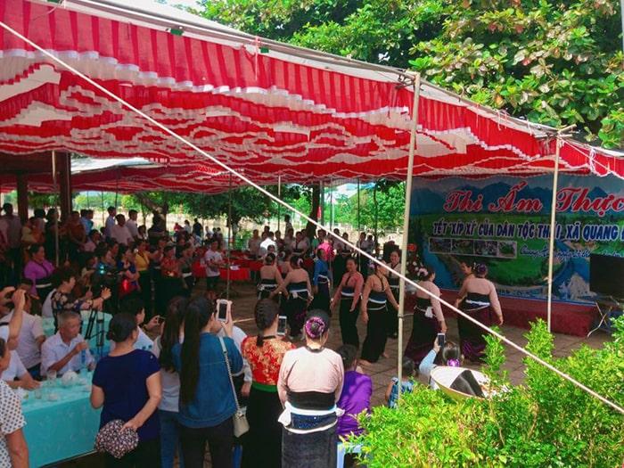 Cuộc thi ẩm thực được tổ chức thường xuyên vào ngày Tết Xíp Xí