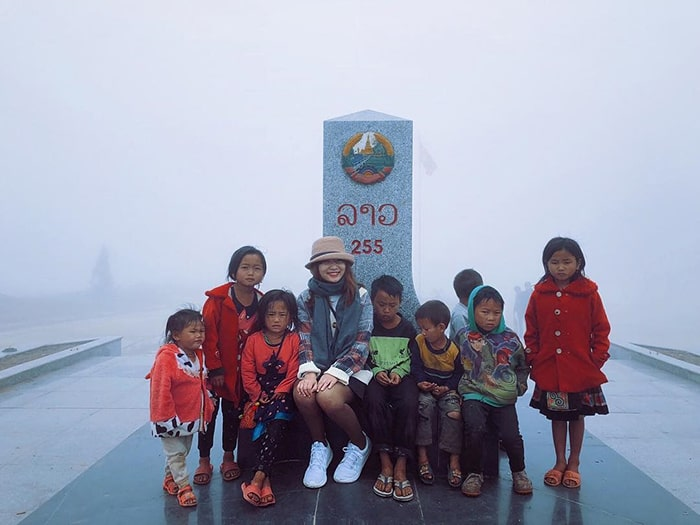 Cột mốc 255 biên giới Việt Nam - Lào ở Lóng Sập