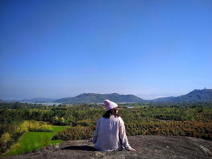 Khung cảnh tuyệt đẹp trên đỉnh núi đá Voi