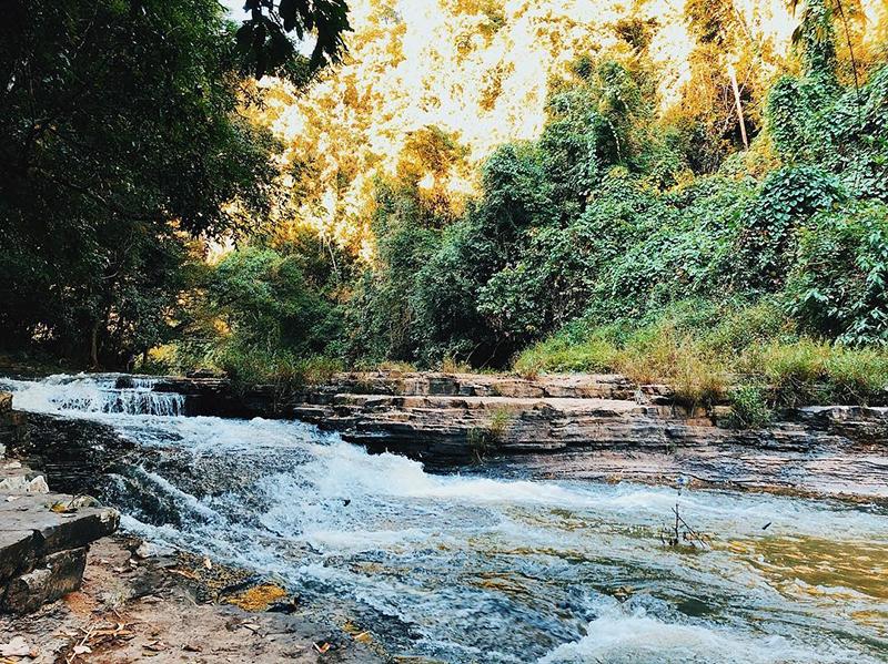 Thác Thủy Tiên hay còn gọi là thác Ba Tầng