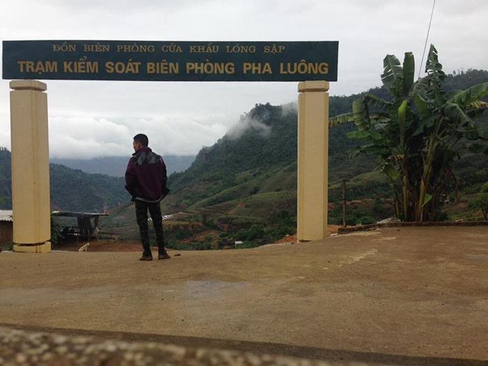 Trạm kiểm soát biên phòng Pha Luông