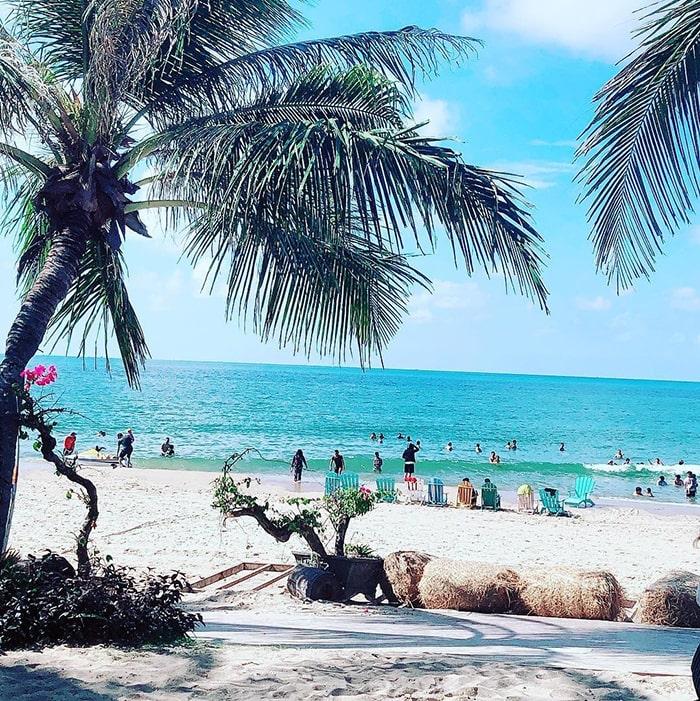Bãi biển Coco Beach Cam ở thị xã LaGi