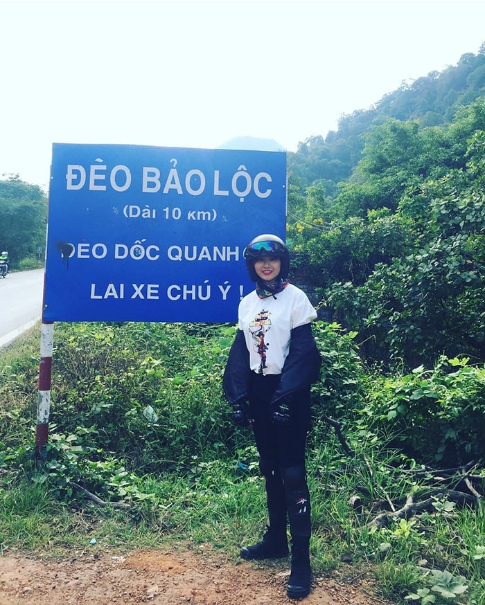 Biển báo đèo Bảo Lộc - Lâm Đồng