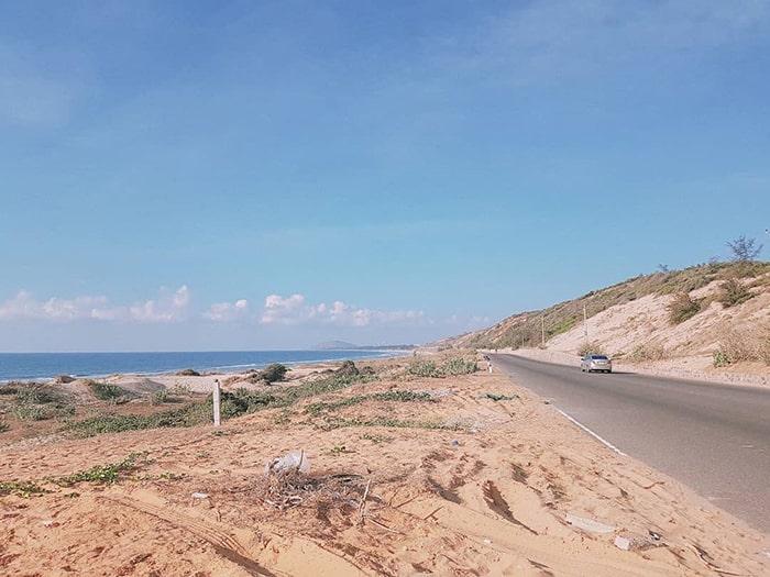 Đường bãi biển Hòn Rơm