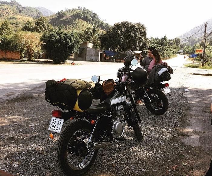 Đi phượt Sài Gòn - Đà Lạt bạn nên đi xe số hoặc xe côn để an toàn